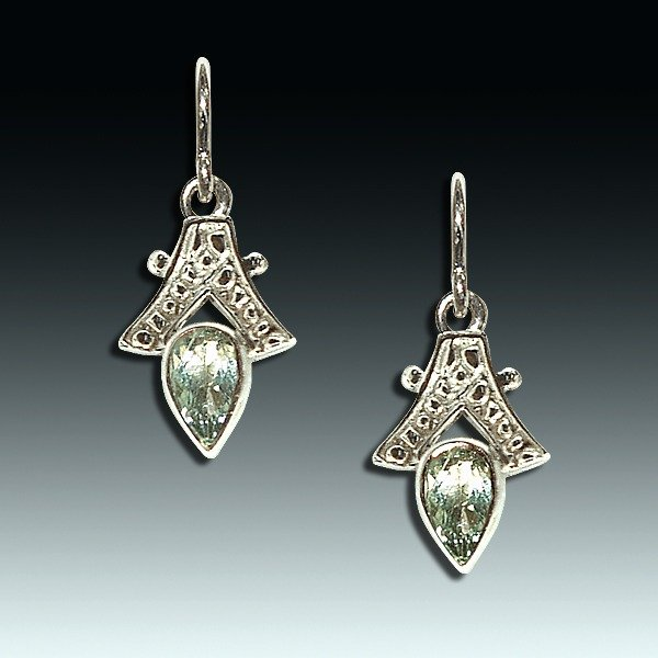 Faerie sapphire and white gold earwires eve jewelry for Sapphire studios jewelry reviews